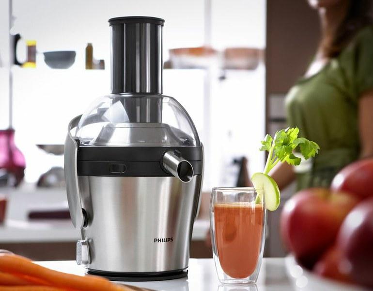 Как сделать свежевыжатый сок из яблок в соковыжималке